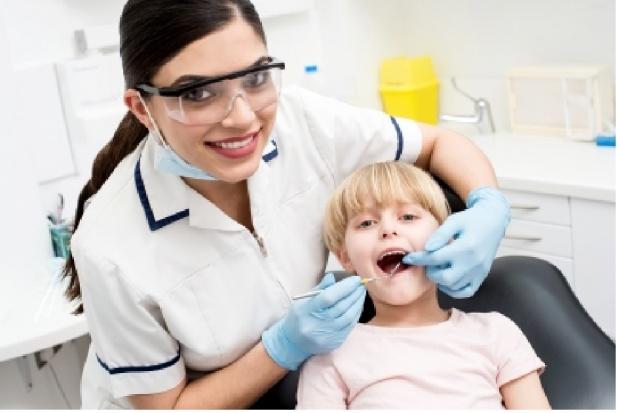 """Doskonałe wyniki w Grudziądzu. """"Tylko"""" 80 proc. dzieci ma chore zęby"""