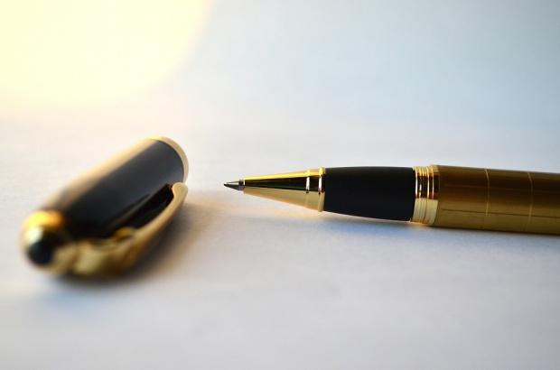 Masz kontrakt z NFZ i liczysz na koleżeńskie zastępstwo? To licz się też z konsekwencjami.