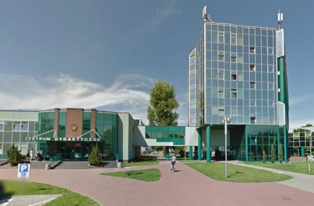 WUM: Centrum Stomatologiczne ze 160 fotelami