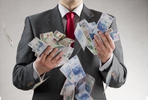 Polacy szastają pieniędzmi na dentystę?