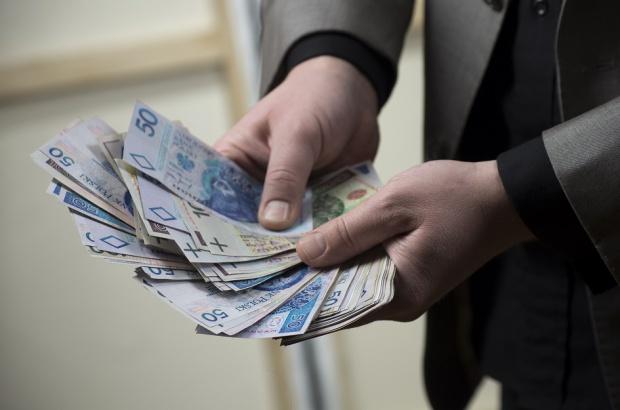 ZK OZZL: medykom na stażu zwiększyć wynagrodzenie o 75 proc.