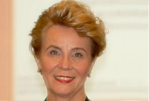 lek. dent. Alicja Marczyk – Felba, członkini Naczelnej Rady Lekarskiej, przewodnicząca Komisji Stomatologicznej Dolnośląskiej Izby Lekarskiej