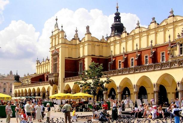 W Krakowie czekają na decyzje rządu w sprawie szkolnych gabinetów stomatologicznych