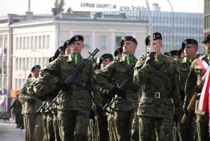 Kto chce leczyć zęby żołnierzom