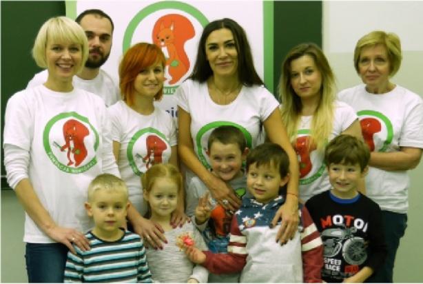 Emma Kiworkowa pomaga w klinice Budzik Ewy Błaszczyk