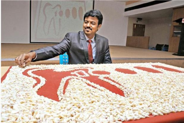 Dentysta z 10 tys. zębów w księdze rekordów