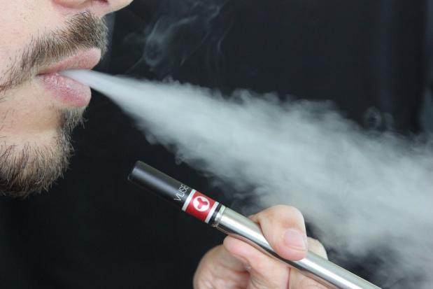 E-papierosy i choroby przyzębia