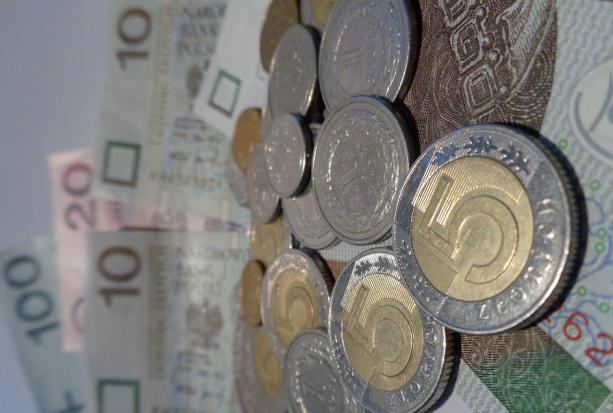OW NFZ w Poznaniu: ceny jednostek rozliczeniowych w świadczeniach stomatologicznych