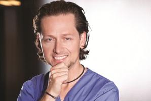 Dr Maciej Żarow: jest alternatywa dla ciężkiej protetyki w przypadku starć i erozji zębów