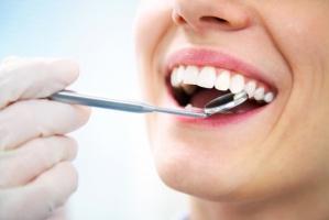 Dentysta może zarobić, ale musi pracować po 50 godz. tygodniowo