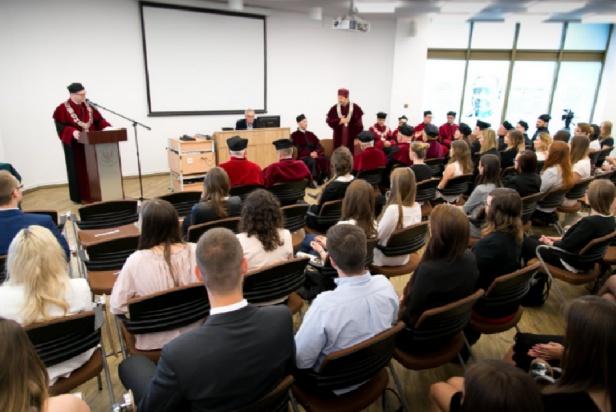 WUM: kto chce być doktorantem? Jest szansa.