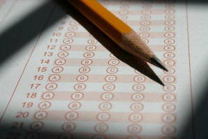 LDEK: awantury o pytania egzaminacyjne c.d.