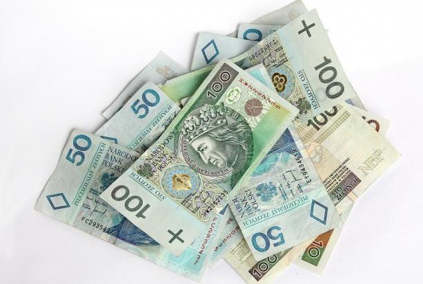 MZ: są zmiany w projekcie ustawy o najniższych wynagrodzeniach