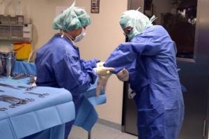 Katowice: lekarze odbudowali żuchwę z kości strzałkowej