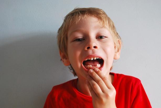 Siemiatycze: bywa, że dzieci myją zęby raz w tygodniu
