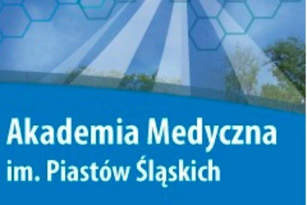 Wrocław: Zakład Ortopedii Szczękowej i Ortodoncji szuka asystentów, aż dwóch