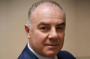 Dr Attilio Bedendo: leczenie złożonych przypadków periodontologiczno – protetycznych