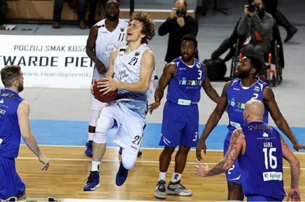 Bellastoma parterem lidera Basket Ligi