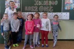 Szydłowiec: Biały ząbek w szkole