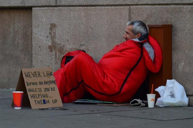 Świąteczne świadczenia stomatologiczne dla bezdomnych