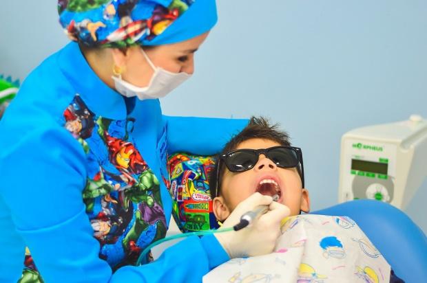 GUMed zaopiekuje się zębami dzieci z Chmielna