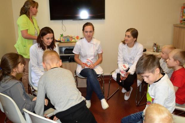 Gdańskie Towarzystwo Studentów Stomatologii z chorymi dziećmi