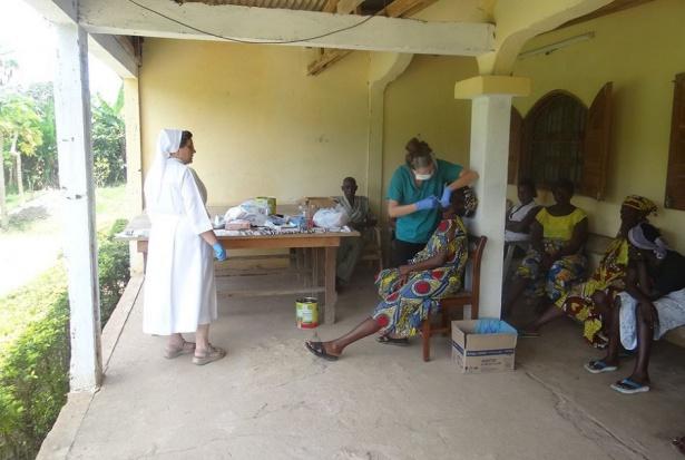 Wolontariat stomatologiczny w Kamerunie wymaga wsparcia