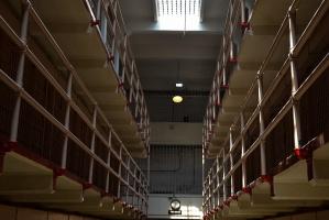 Litwa: więzień z dożywociem domaga się implantów
