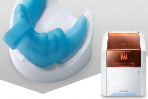 Drukarka dla branży stomatologicznej w seryjnej produkcji
