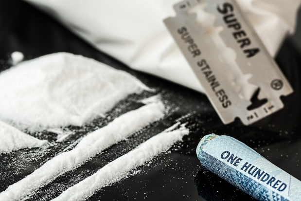 Problemy z zębami osób uzależnionych od narkotyków, czy to może dziwić?