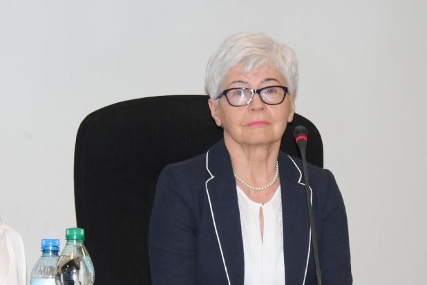 Prof. Honorata Shaw: jak stać się naprawdę dobrym lekarzem dentystą