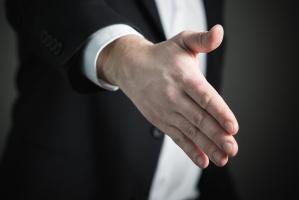 Jak powinna wyglądać profesjonalna rozmowa po leczeniu?