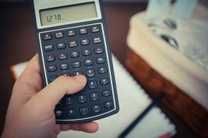 Działalność w branży stomatologicznej: skomplikowane rozliczenia VAT