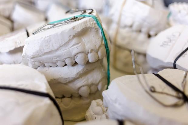 UM w Białystoku: jest praca dla wykładowcy  w Zakładzie Technik Dentystycznych