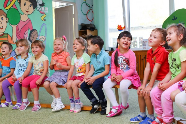 Przedszkolaki nagradzają dentystkę