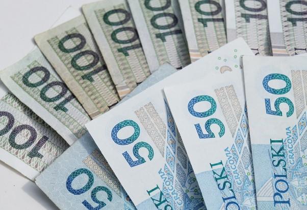 Śląski OW NFZ: walka z próchnicą w ramach programu polityki zdrowotnej