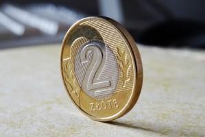 Stomatologia: OW NFZ w Poznaniu wyjaśnia zasady ustalania cen oczekiwanych