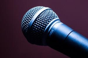 Nawet mikrofon dla zębów zagrożeniem jest
