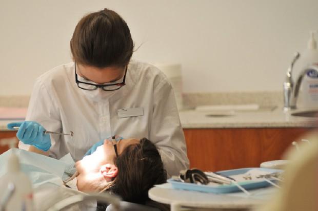 Koniec rejestracji na stomatologię w UM w Łodzi