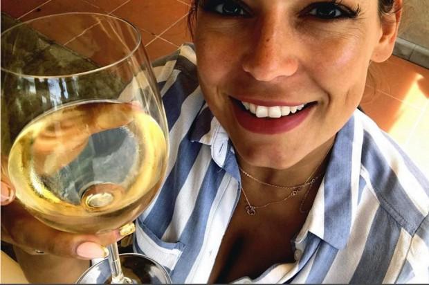 Anna Mucha spędza imieniny u ortodonty