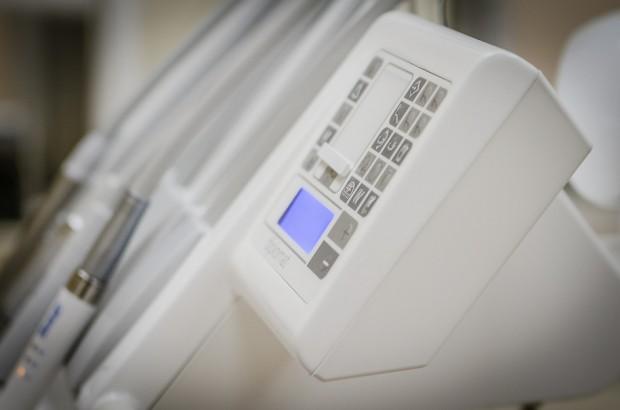Szpital psychiatryczny w Krakowie wyposażył gabinet stomatologiczny