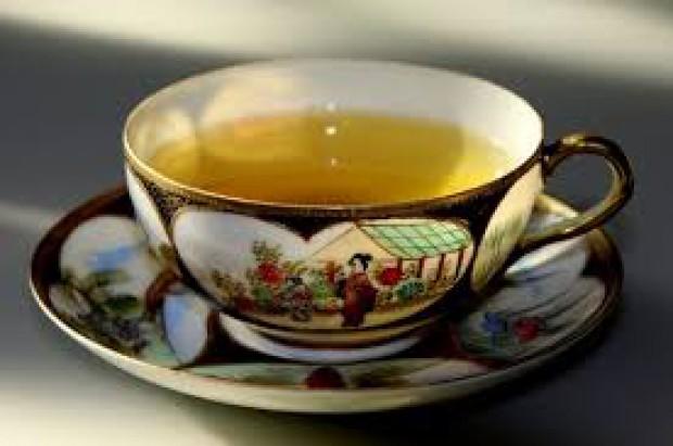 Chińska stomatologia sięga po zieloną herbatę