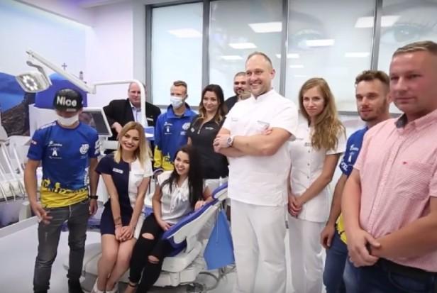 Maszewski Dental Clinic sponsoruje żużlowców