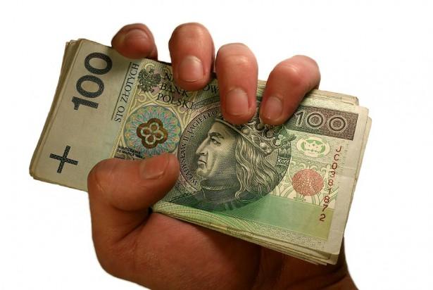 ZUS: 21 426 zł dla dentystki i menadżera – to zdecydowanie za dużo
