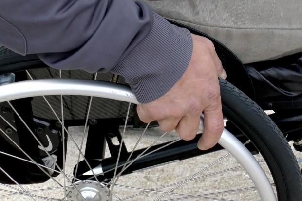 Powiat jeleniogórski białą plamą na mapie stomatologicznych usług dla niepełnosprawnych
