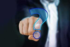 Choroby przyzębia: o co pacjenci pytają najczęściej
