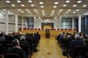 Wynagrodzenia rezydentów do Trybunału Konstytucyjnego