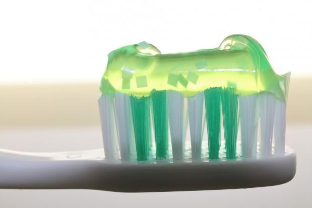 Pasta do zębów wyleczy malarię?