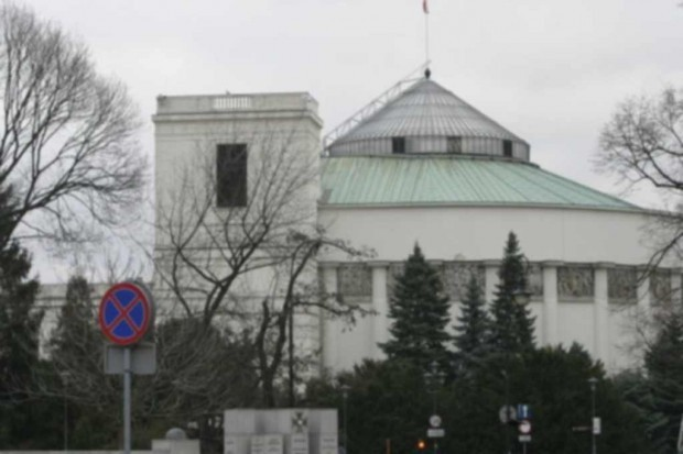 Sejm:  6,8 proc. PKB na zdrowie od 2021 r.?
