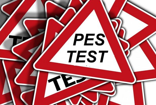 PES: wynik egzaminu testowego z chirurgii stomatologicznej